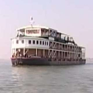 Khmer Cruise From Angkor to Phnom Penh